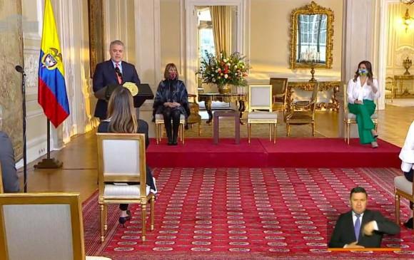 El presidente, durante el acto de promulgación de la cadena perpetua en Colombia. FOTO Cortesía Presidencia