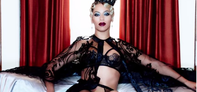 Beyonce presenta el video de Haunted, canción de la cinta 50 sombras de Grey