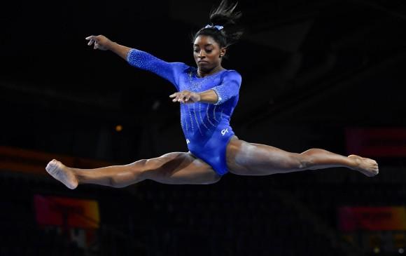 Simone Biles patentó dos saltos pero fue penalizada