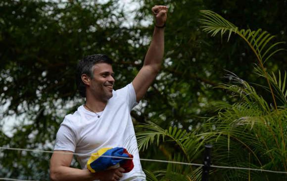Leopoldo López regresa a su casa confirma su esposa