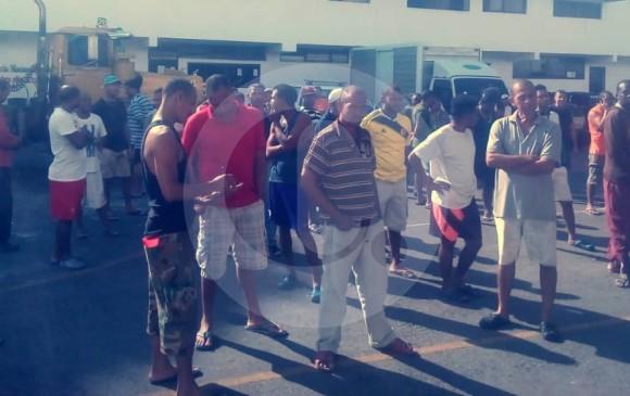 Presos colombianos durante el conteo matutino. FOTO: EL COLOMBIANO