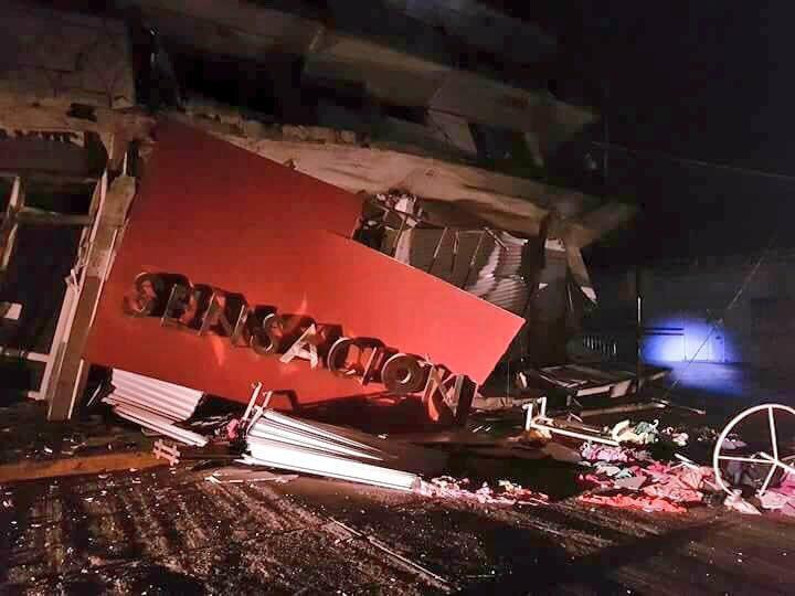 Un hotel colapsó en la localidad de Matías Romero, en Oaxaca. FOTO TOMADA DE TWITTER
