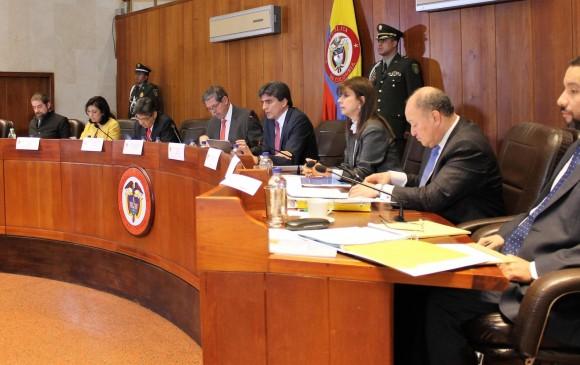 Corte Constitucional suspende discusión sobre la Ley de Amnistía