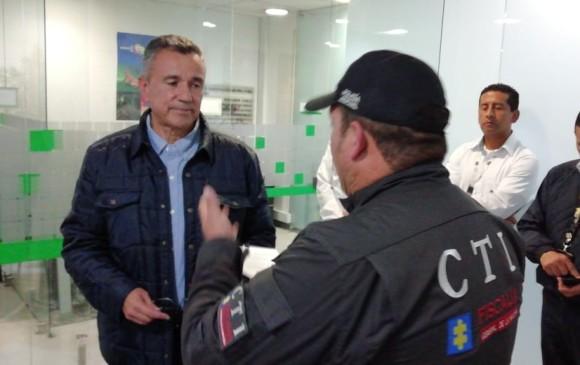 En su llegada a Bogotá, capturan al general (r) Mauricio Santoyo