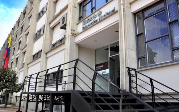 Fiscalía realizó primera captura por caso de títulos falsos en cirugías plásticas