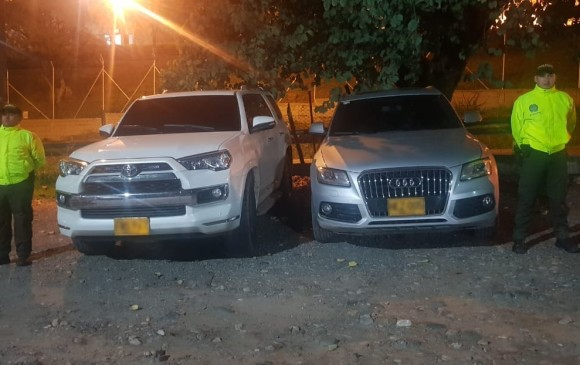 En estos vehículos se movilizaba alias Diego Optra. FOTO CORTESÍA POLICÍA.