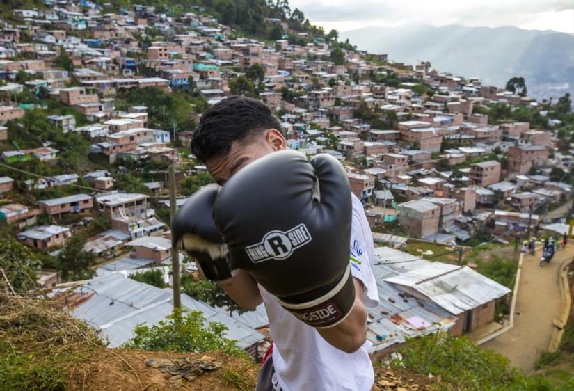 Esteban Mauricio Arrieta asegura que el boxeo le cambió la vida y lo alejó del consumo de marihuana. FOTO: JUAN ANTONIO SÁNCHEZ O.