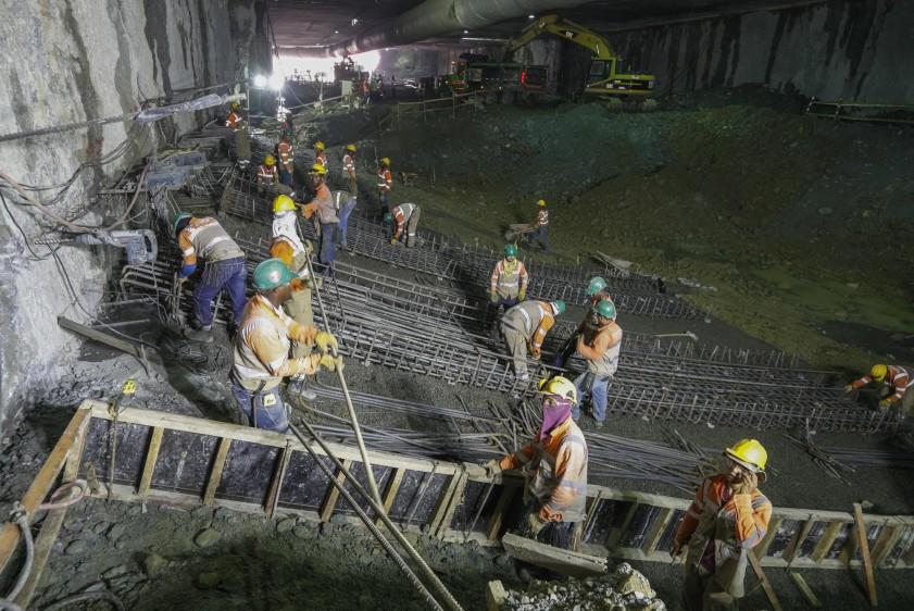 En la base del soterrado se implementa una losa de supresión. FOTO MANUEL SALDARRIAGA