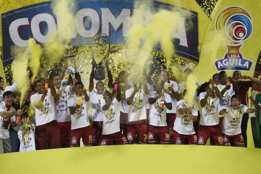 Tolima empató la serie al minuto 93 y venció 4-2 en los penales. Ibagué está de fiesta. FOTO MANUEL SALDARRIAGA