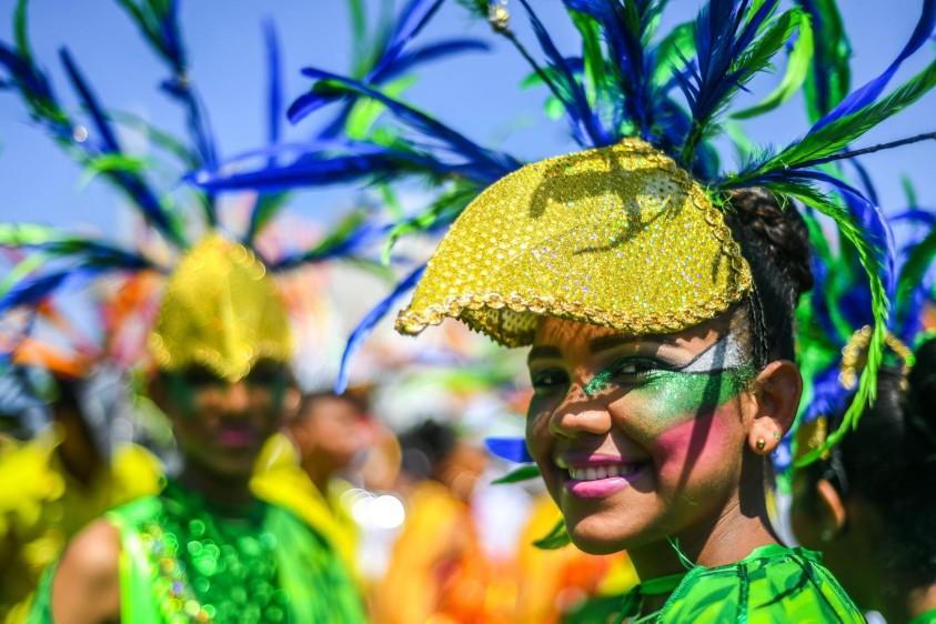 Una de las novedades de este año en la Batalla de Flores fue la temática de la integración en la gran cuenca del Mar Caribe, que se relaciona con los Juegos Deportivos Centroamericanos y del Caribe que se realizarán en julio en esta ciudad. FOTO AFP