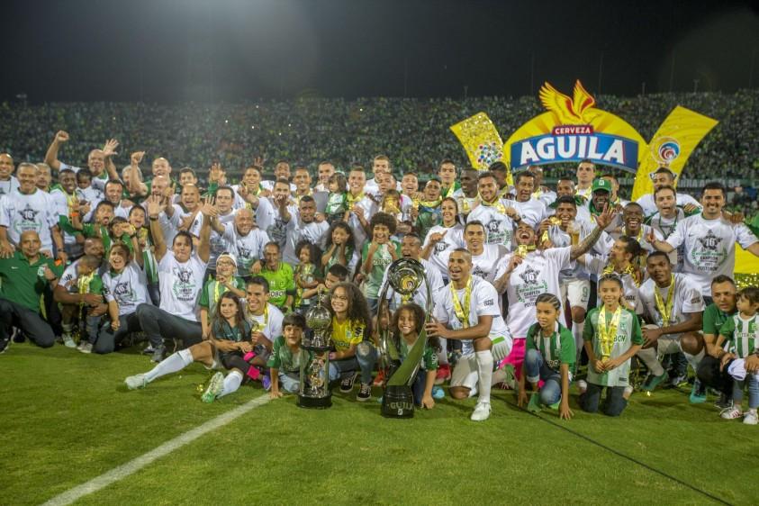La decimosexta estrella del verde se concretó en la era Reinaldo Rueda en una histórica noche que recordarán los hinchas verdes por muchos años. FOTO JUAN ANTONIO SÁNCHEZ