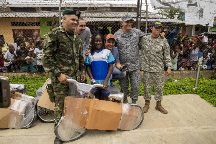 Durante 14 años se ha realizado esta actividad que fue creada por iniciativa privada y que ahora es apoyada por la Fundación Salva Terra y logísticamente por la Fuerza Aérea. Foto: Esteban Vanegas