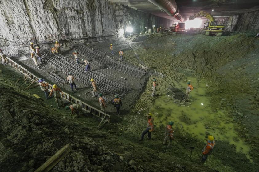 El soterrado tendrá seis carriles para el tránsito vehicular en la Avenida Regional, más una franja reservada para el ferrocarril. FOTO MANUEL SALDARRIAGA