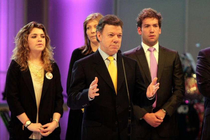 La familia Santos Rodríguez durante la Teletón 2010. FOTO COLPRENSA