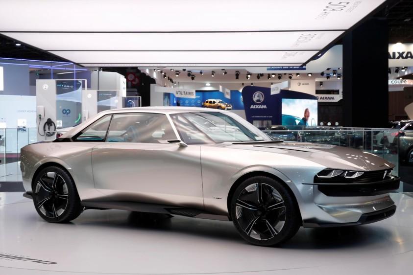 Peugeot e-Legend Concept, un eléctrico con una autonomía de 600 kilómetros en el nuevo ciclo WLTP y que puede recargarse en veinticinco minutos. FOTO REUTERS