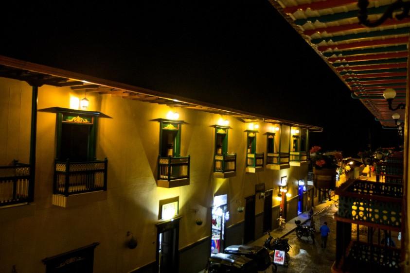 Los colores en sus puertas y balcones hacen alusión al nombre que lleva este municipio. Foto: Julio César Herrera