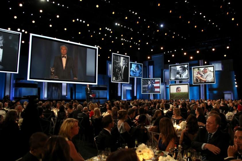 Se recordaron los mejores papeles de George Clooney. Foto cortesía de E! Entertainment Latin America tomada por Randall Michelson