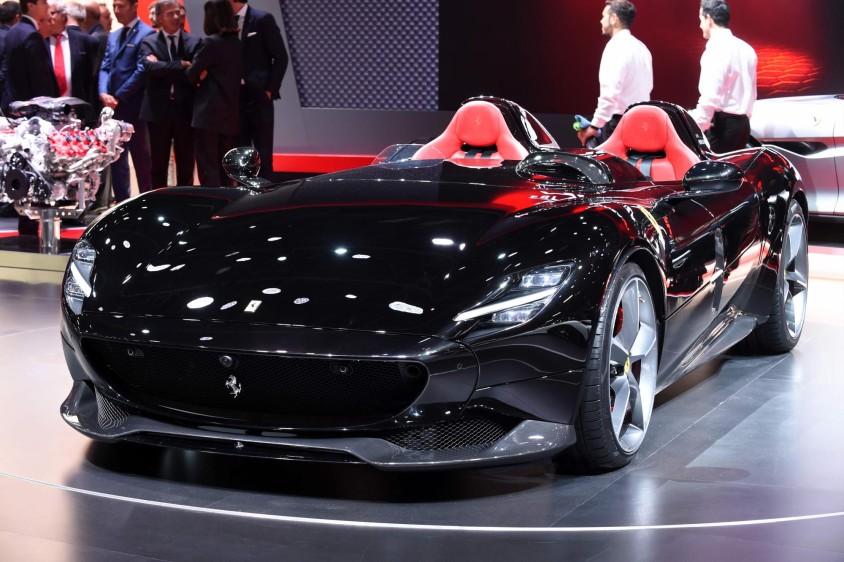 The Ferrari Monza SP2. foto afp