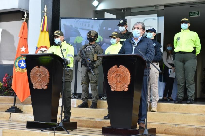Juez tumba orden de arresto a Mindefensa y director de la Policía