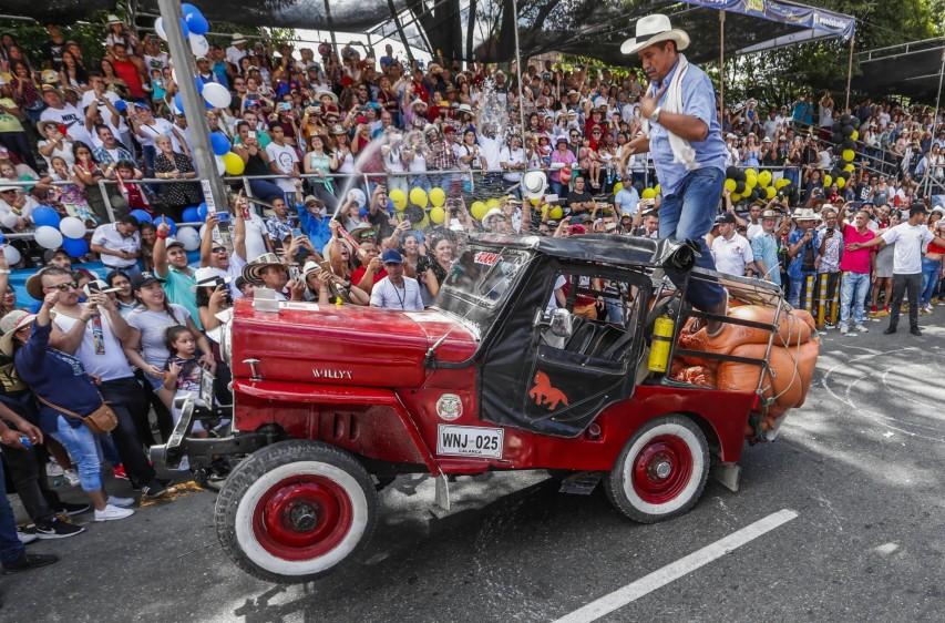 El evento contó una asistencia masiva de locales y turistas. FOTO ROBINSON SÁENZ