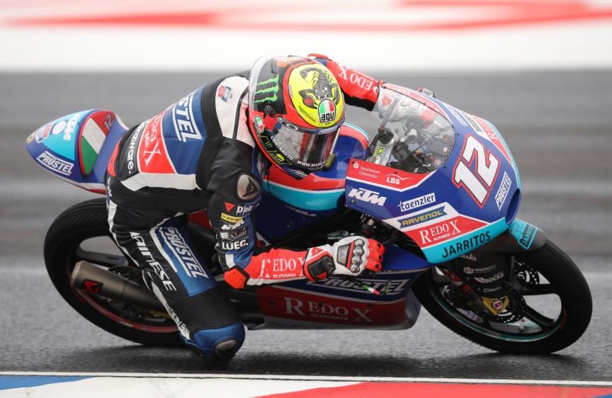 El piloto italiano Marco Bezzecchi, en la carrera de Moto 3 del Gran Premio.