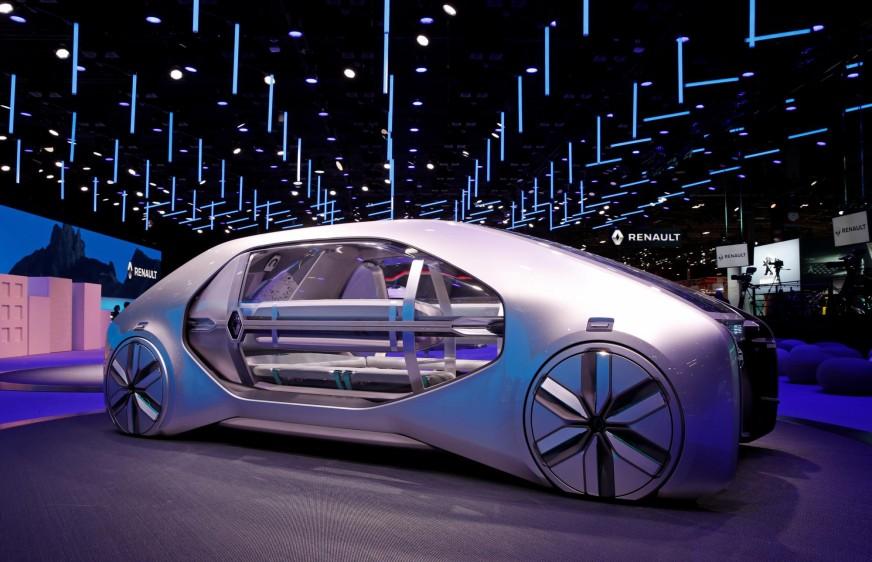 El Salón del Automóvil de París abrió al público sus puertas - hasta el 14 de octubre - al público, que podrá conocer, en una edición con menor participación que otros años, las últimas novedades de la industria, que sigue apostando por la electrificación. FOTO REUTERS