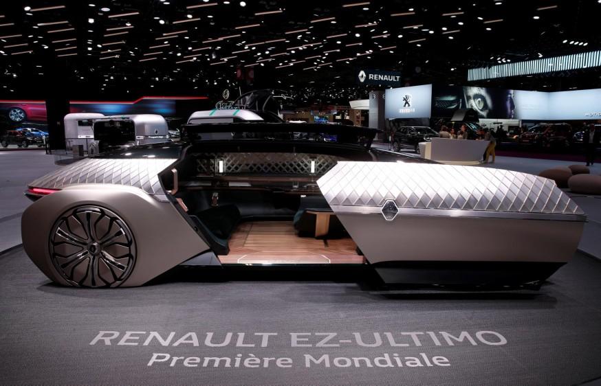 Renault EZ-ULTIMO. Las personas que visiten la 120 edición de la cita parisina del motor podrán contemplar medio centenar de novedades de las distintas marcas, así como prototipos electrificados y con tecnologías de conducción autónoma. FOTO REUTERS