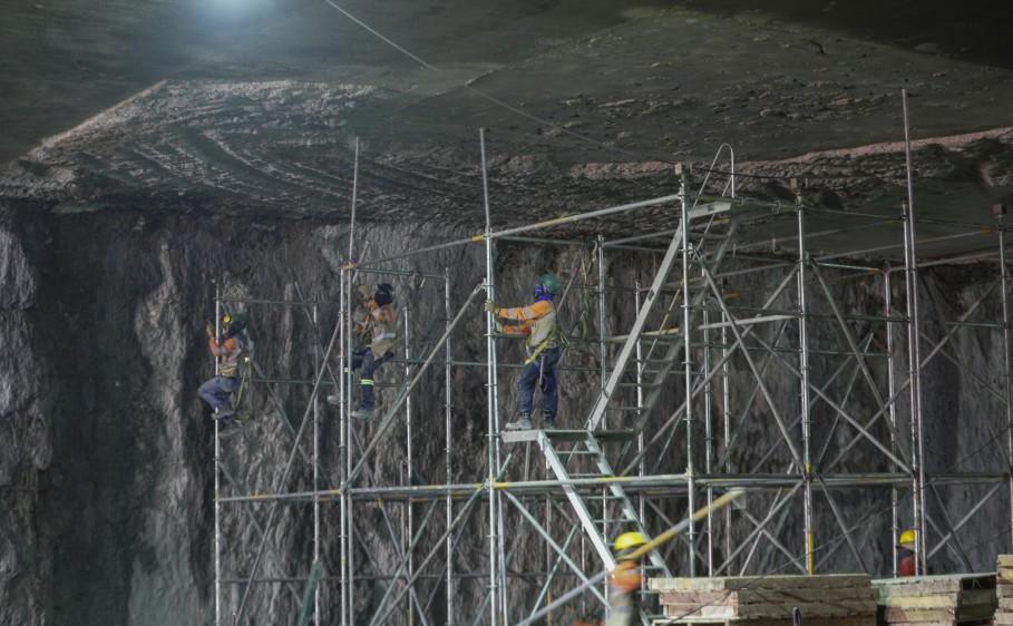 El túnel de esta etapa 1B tendrá 460 metros de largo, 68 más que el de la etapa 1A en el costado occidental. FOTO MANUEL SALDARRIAGA
