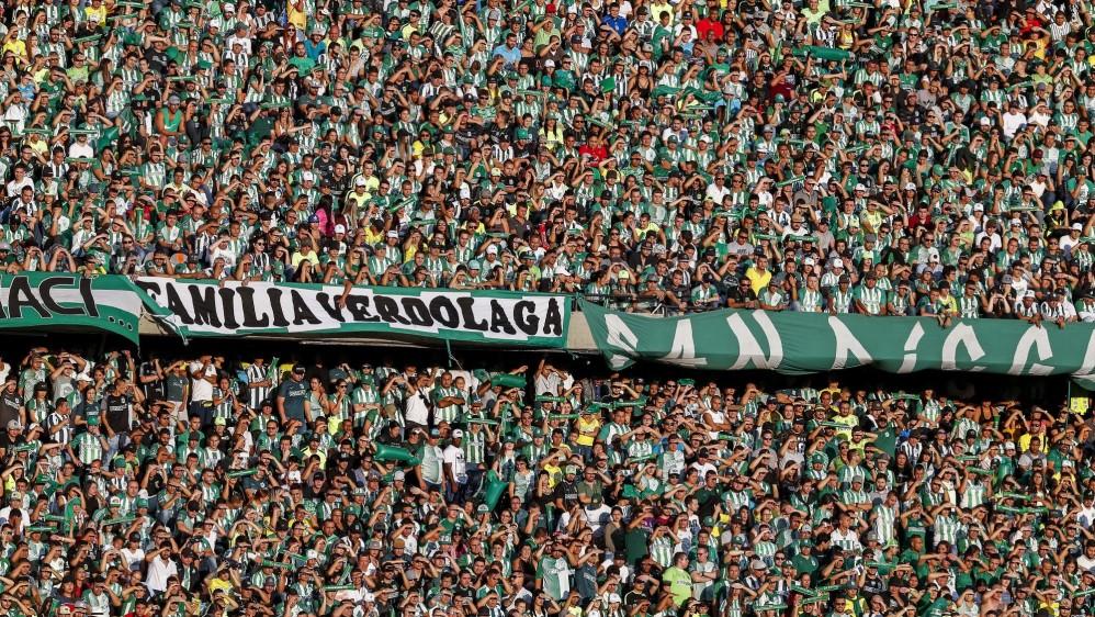 41.746 aficionados colmaron el Atanasio Girardot, para ver este bello espectáculo futbolístico. Foto: Jaime Pérez