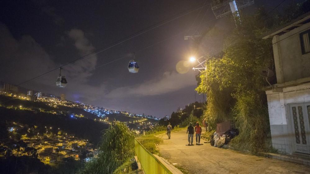 Metro Cable desde el barrio Olaya. Foto: Edwin Bustamante.