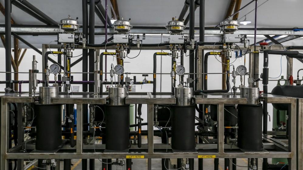 Maquinaria para procesar el cannabis. FOTO: SANTIAGO MESA.