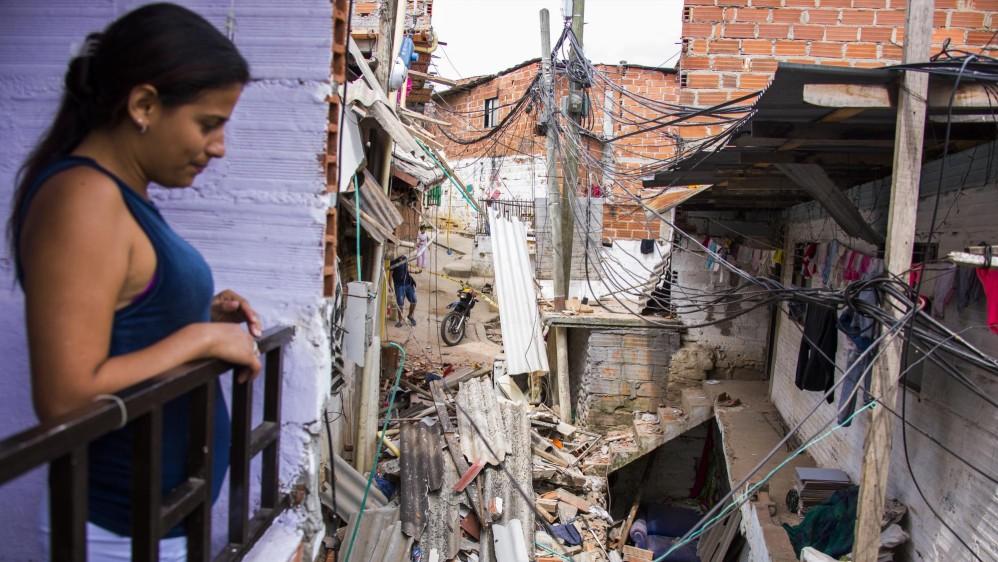 Además del edificio de tres viviendas, una cuarta estructura, que colindaba con él, resultó con daños. Foto: Carlos Velásquez
