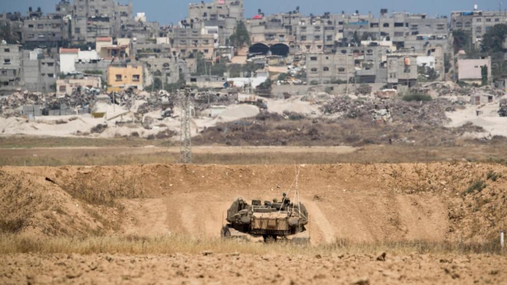 Luego del anuncio de Estados Unidos de abrir una embajada en Jerusalén, cientos de palestinos iniciaron protestas en la franja de Gaza, lo que llevó a una represión con armas letales del ejército israelí que ya deja más de 58 muertos y 2.700 heridos por las balas. Foto: EFE