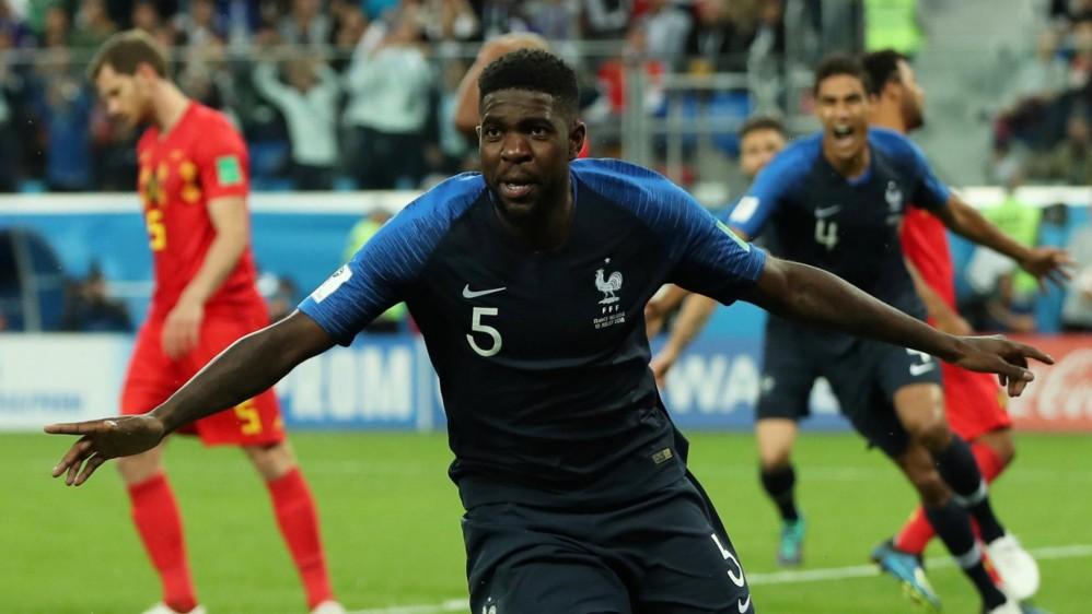 Con un solitario gol de Samuel Umtiti los franceses se metieron en la final de la Copa del Mundo y dejaron por fuera a la sorprendente Bélgica, que ahora disputará el partido por el tercer puesto. Foto : Reuters