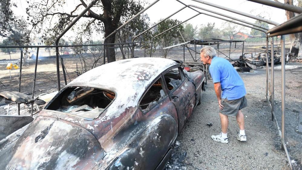 Esos incendios se han ido extendiendo a lo largo de las horas, provocando nuevos focos, y llevaron al gobernador del estado, Jerry Brown, a declarar el estado de emergencia. FOTO AFP