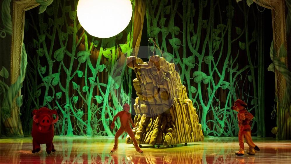 Timón y Pumba, los amigos de Simba en el Rey león son parte de los 50 personajes de Disney que se apreciarán en el evento.