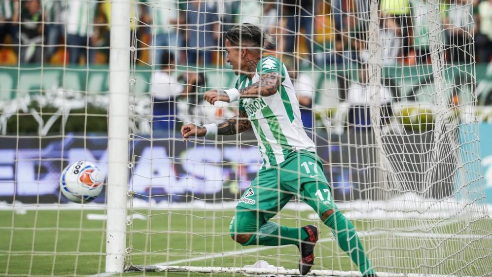 Dayro Moreno anotó el primer gol del partido y puso siempre en riesgo la portería rival. Foto: Róbinson Sáenz
