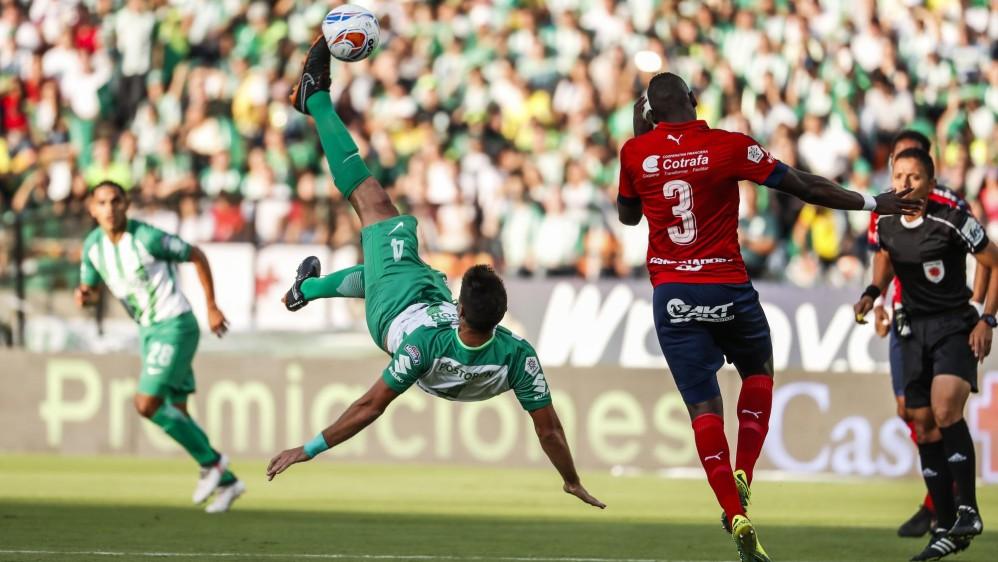 Con 23 remates, 12 del verde y 11 del rojo, fue uno de los clásicos más atractivos de los últimos años. Foto: Róbinson Sáenz