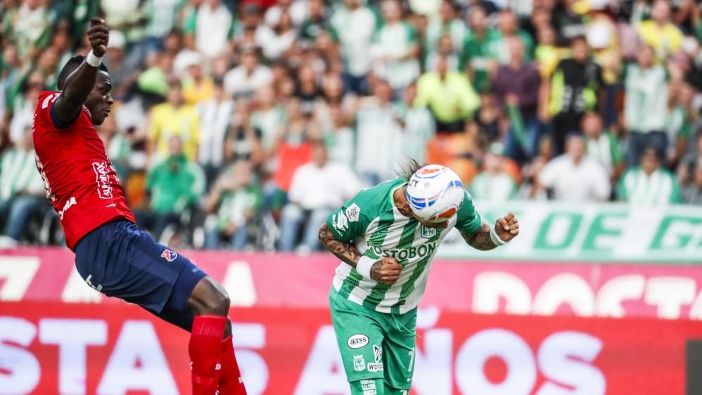 Un cabezazo de Dayro Moreno abrió la ruta de la victoria para Nacional. FOTOS JAIME PÉREZ Y ROBINSON SÁENZ