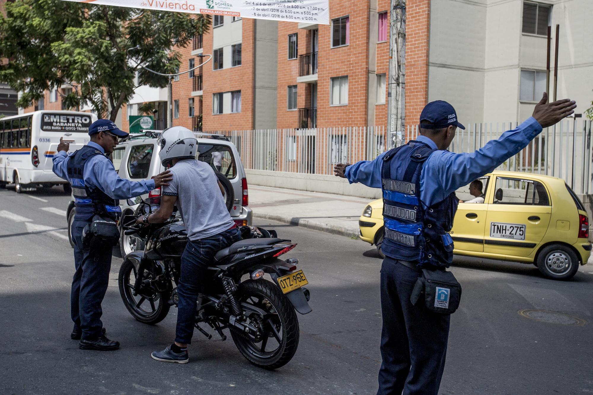 Sabaneta: agentes de tránsito agredidos por motociclistas